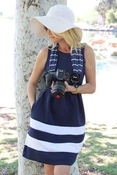 Sailor Stripe Scarf Camera Strap von Capturing Couture bei DESIGNSTRAPS.de  unter: http://www.designstraps.de/kameragurte/tragegurt/1414/sailor-stripe-scarf-strap?c=3