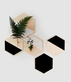 Wall planter natural wood for Home Decor Nordic style by WoodaHome Diy Wall Art, Wall Decor, Hanging Planters, Wall Planters, Succulent Planters, Concrete Planters, Succulents Garden, Diy Crafts For Home Decor, Ideias Diy