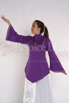 Bell Sleeve V Tunic w/Decoration