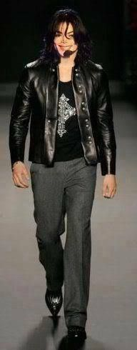 <3 Michael Jackson <3 - wow he looks so good here!