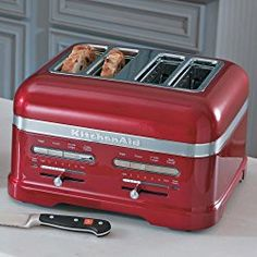 KitchenAid Pro Line Toaster: candy apple red KitchenAid® Pro Line® Series Automatic Toaster with automatic lift and lower mechanism. A Little Longer If you have a preferred brownness setting but would like to toast something a little. Red 4 Slice Toaster, Candy Apple Red, Candy Apples, Red Apple, Best Appliances, Cooking Appliances, Kitchen Appliances, Small Appliances, Products
