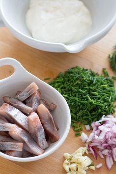 JOULUPERINNE: JOULURUOKA | JULTRADITION: JULMATEN Winter Treats, Green Beans, Sausage, Food And Drink, Keto, Yummy Food, Pasta, Vegetables, Drinks