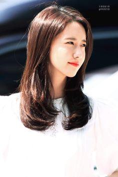 Im Yoon Ah, Yoona Snsd, Love Rain, Girls Generation, Hairstyle, Long Hair Styles, Celebrities, Beauty, Spongebob