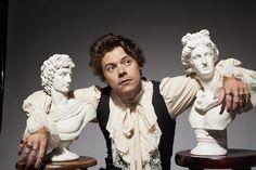 Harry Styles Fotos, Harry Styles Snl, Harry Styles Update, Harry Styles Pictures, Harry Edward Styles, Gemma Styles, Larry Stylinson, Louis Tomlinson, Statues