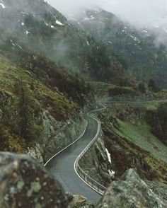 Desvre - Great pictures of our beautiful planet, animals, architecture, cars, motorcycles, bikes...