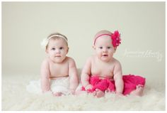 Cute twin girls!  www.sproutingheartsphotography.com  {Knoxville Maryville Oak Ridge Children Baby Family Photographer}