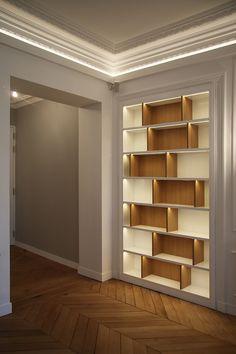 Bibliothèque sur mesure appartement Haussmannien Paris