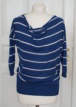 Ringel Shirt aus Strick in blau weiß