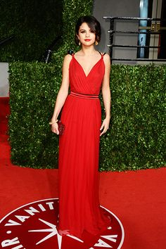 Selena Gomez's Fashion Transformation: How the Jeans-and-Tee Girl Became a Red Carpet Queen