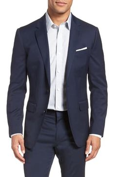 Looking for Bonobos Jetsetter Slim Fit Stretch Wool Blazer ? Check out our picks for the Bonobos Jetsetter Slim Fit Stretch Wool Blazer from the popular stores - all in one. Business Attire For Men, Business Casual Outfits, Corporate Attire, Wool Blazer Mens, Grey Suit Men, Manuel Ritz, Mens Fashion Suits, Blazer Fashion, Mens Suits Style