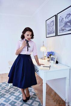 Retro navy blue skirt from natabo.   retro skirt, pin up, circle skirt, midi skirt