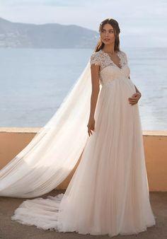 Country Wedding Dresses, Wedding Dresses Plus Size, Bridal Dresses, Pronovias Wedding Dress, Wedding Gowns, Wedding Bride, Hollywood Glamour, Cute Maternity Dresses, Pregnant Wedding Dress
