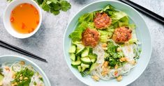 Flavorful, refreshing, crisp, addictive- these Vietnamese Noodle Bowls have it all! Pork meatballs made with lemongrass & ginger give the bowls great flavor Spinach Feta Pie, Spinach And Cheese, Watermelon Salad, Beet Salad, Moroccan Couscous, Khao Soi, Ginger Pork, Olive Salad, Pork Meatballs