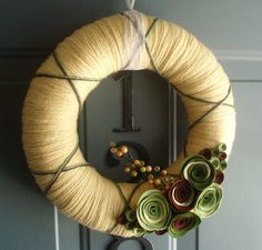 Yarn Wreath - love these colours!