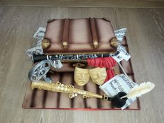 This cake was for a man who is an actor, singer, composer, conductor, playing soprano saxophone and clarinet. Music Cakes, Soprano Saxophone, Birthday Cakes For Women, Creative Cakes, Cake Art, Cake Decorating, Daily Inspiration, Bands, 3d