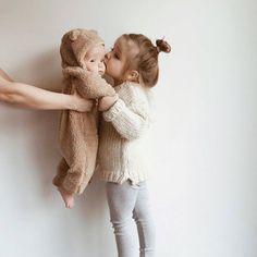 Little Babies, Little Ones, Cute Babies, Baby Kids, Baby Baby, Baby Potty, Kids Girls, Book Bebe, Foto Baby