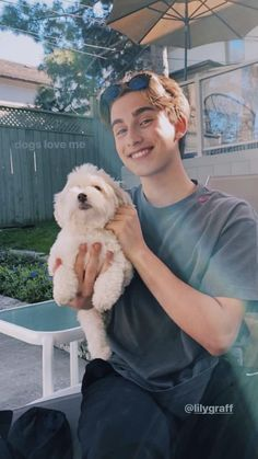 Johnny Orlando Instagram, Everybody Wants You, Surfer Boys, Cute Relationships, Relationship Goals, Johnny Was, Hollywood Celebrities, Celebrity Crush, Cute Guys