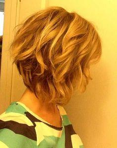 nice 32 Short mittlerer Länge Frisuren #Frisuren #Lange #mittlerer #Short