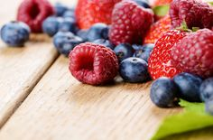 Data from almost 400,000 people suggests that consuming berries and the anthocyanins they contain may reduce the risk of type 2 diabetes mellitus by 15-18%.