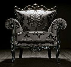I want this......New Baroque design armchair PERPETUAL Vintage
