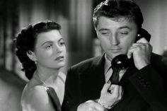 Faith Domergue, Robert Mitchum Where Danger Lives (1950)