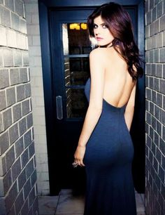 Free pictures and videos of beautiful naked girls and sexy babes, shot on beautiful locations or just in their bedroom. Alexandra Daddario Images, Hollywood Celebrities, Woman Crush, Percy Jackson, Sensual, Gorgeous Women, Beautiful Celebrities, Glamour, Actresses