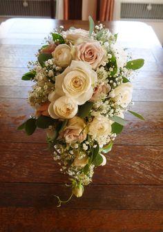 Silk Flower Bouquets, Cascade Bouquet, Bride Bouquets, Flower Bouquet Wedding, Floral Wedding, Wedding Cakes With Flowers, Bridal Flowers, Raspberry Wedding, Artificial Wedding Bouquets