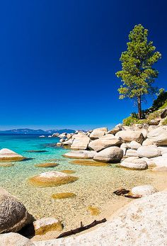 Sand Harbor, Lake Tahoe - Ah what a great place to spend a summer day. This is actually the EXACT same beach me and my family go to for the of July @ Tahoe, you get an incredible view of fireworks Dream Vacations, Vacation Spots, Places To Travel, Places To See, Reisen In Die Usa, Travel Photographie, Parcs, Beautiful Landscapes, Beautiful Architecture