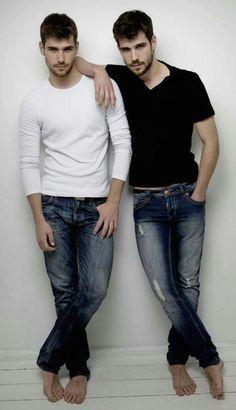 aec-twins-7