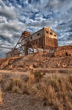 Old Mine @ Broken Hill http://www.bloggerme.com.au/states/darling-river…