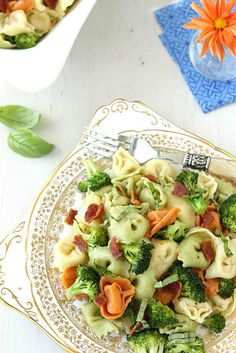 Tortellini Pasta Salad with Bacon, Broccoli  Basil Recipe | cookincanuck.com