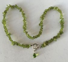 Genuine peridot chip necklace with toggle clasp and briollette. Clasp... Lot 265