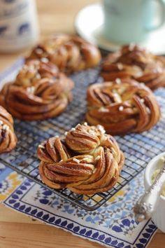 Croissants, Winter Food, Dessert Recipes, Cookies, Baking, Cake, Breads, Brioche, Pastries