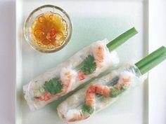 生春巻   人気のベトナム料理にエスニックドレッシングをかけてて。ノンオイルなので、あっさりしています。