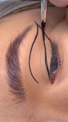Dope Makeup, Edgy Makeup, Makeup Eye Looks, Eye Makeup Art, Eyebrow Makeup, Skin Makeup, Eyeshadow Makeup, Black Makeup Looks, Beauty Makeup