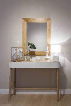 Una reforma e Interiorismo de Natalia Zubizarreta Room Inspiration, Entryway Tables, New Homes, Bedroom, Kitchen, Furniture, Beige, Home Decor, Saints