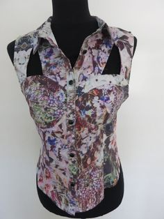Ladies Top Size 12 Sleeveless Floral