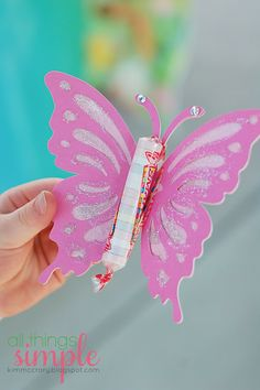 Butterfly favor & a craft for a kids party! Would be cute for Valentine's too