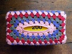 Granny Tissue Box Cover Tutorial   8ply yarn. 3.5mm crochet hook. Wool needle. Scissors.  Tissue Box 12cmD x 21.5cmL x 8.5 cmH      This...
