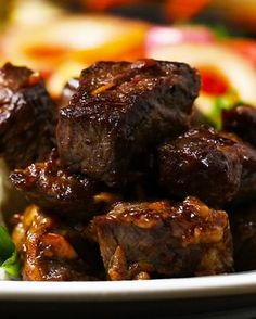Beef Recipes Vietnamese Shaking Beef Recipe by Tasty Ooo yumm I want to try this some time Meat Recipes, Asian Recipes, Cooking Recipes, Ethnic Recipes, Quick Recipes, Chinese Beef Recipes, Dishes Recipes, Recipes Dinner, Chinese Food