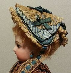 Gorgeous Victorian Fanchon Bonnet for French Fashion (item Porcelain Doll Makeup, Porcelain Dolls Value, Antique Dolls, Vintage Dolls, Doll Dress Patterns, Doll Costume, French Fashion, Doll Accessories, Fashion Dolls
