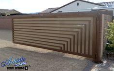 Uw droompoort? Vraag vrijblijvend uw offerte op maat via www.emts.be Stunning Modern Wrought Iron Driveway Gate