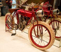 living-gazette-barbara-resende-décor-tour-loja-area-8-bicicleta-vintage