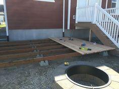 How to Build a Simple DIY Deck on a Budget #deckbuildingcheap