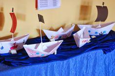 Papierowa łódka origami (2)  #lubietworzyc #DIY #handmade #howto  #instruction #instrukcja #jakzrobic #krokpokroku #origami #lodka #origamiboat #boat #paperboat #papierowalodka #preschool #kindergarten #przedszkole