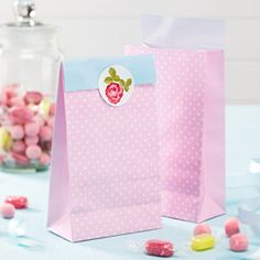 Vintage roses party bags