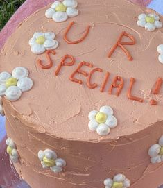 Pretty Birthday Cakes, Pretty Cakes, Simple Cake Designs, Pastel Cakes, Cake Delivery, Cute Desserts, Dream Cake, Just Cakes, Mini Cakes