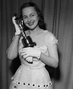 """Olivia de Havilland accepting her second best actress Oscar for """"The Heiress"""" March 23, 1950"""
