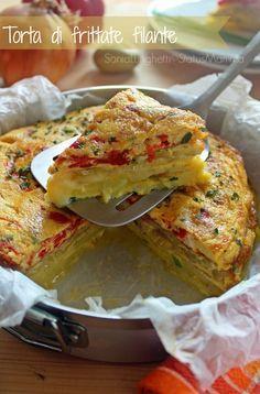 TORTA DI FRITTATE FILANTE semplice e gustosa ;) http://blog.giallozafferano.it/statusmamma/torta-di-frittate-filante/