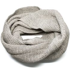 Cozy knit scarf for the autumn season! www.mooreaseal.com